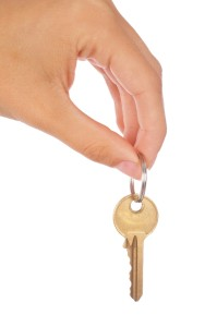 car keys 199x300 10 Tips on How to Sell Your Used Car Yourself