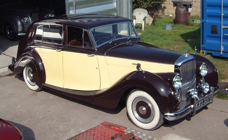 39866849 MkVI profile Way Back Wednesday: The Bentley MK VI